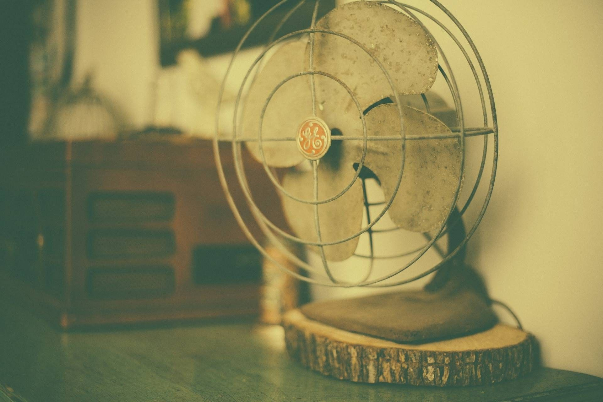 loša navika stručnjak otkrio zašto nikada ne biste trebali spavati uz ventilator