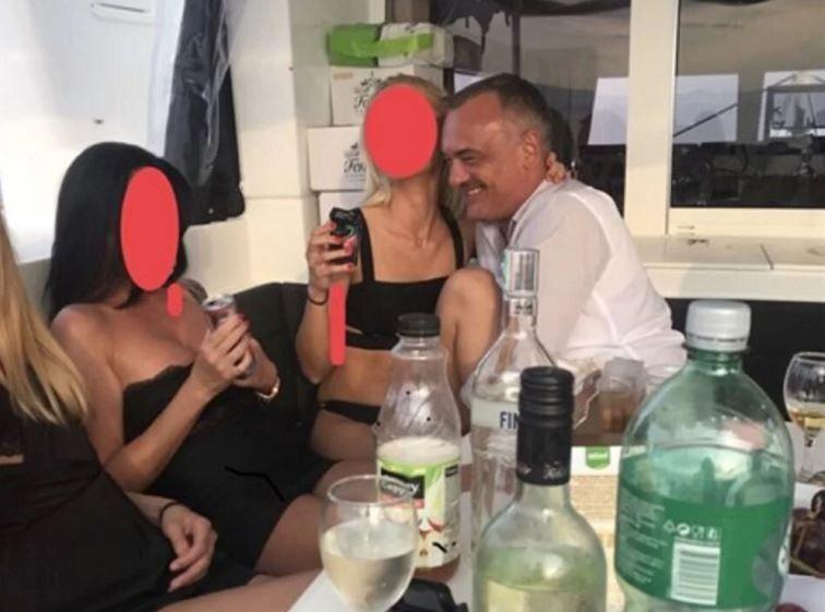 Crna djevojka seks slika