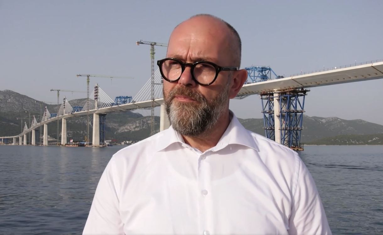 pelješki most šef hrvatskih cesta otkrio kad ćemo se mostom, a i pristupnim cestama uistinu i voziti video